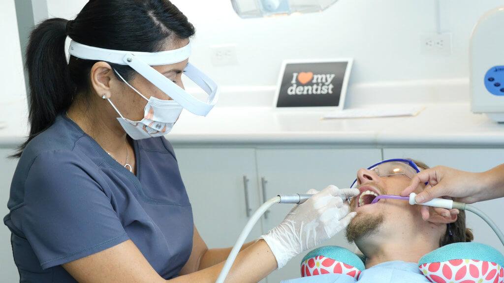 Dental_Clinic_04